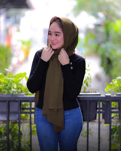Pelakon Jelita Kant0i Di Bilik Hotel Ditah4n Bersama Sama Seorang Pelanggan Lelaki Vanilla Daily